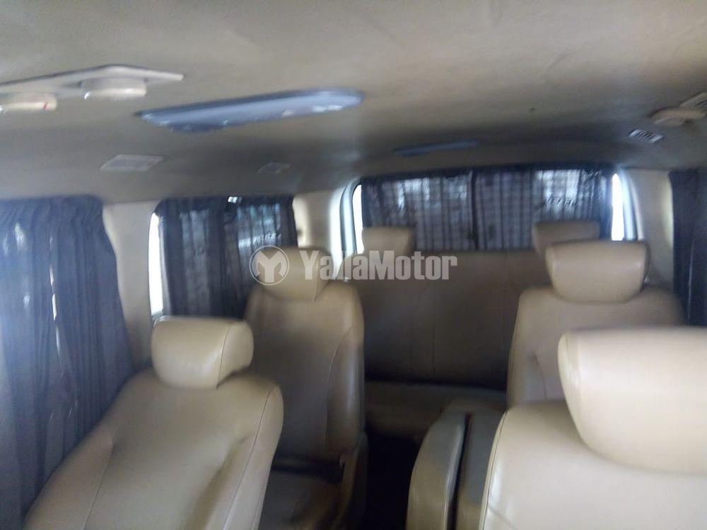 Used Hyundai H1 12-Seater Passenger Van  2008