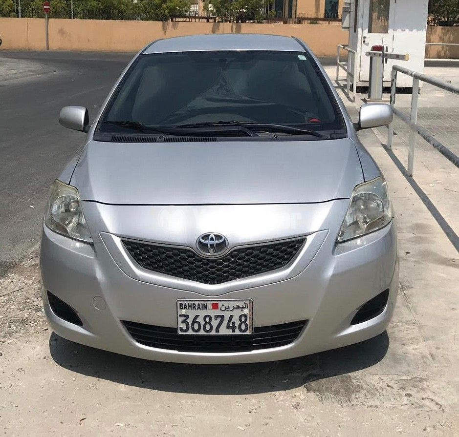 Used Toyota Yaris 1.3L SE 2010