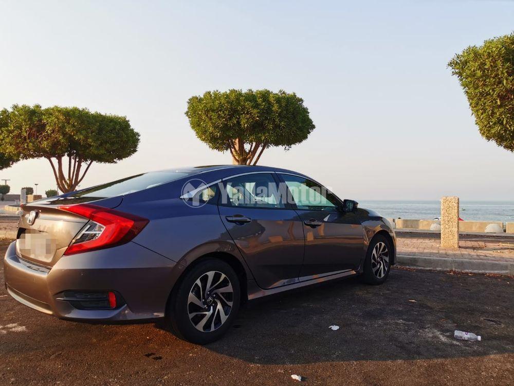 Used Honda Civic 2.0 EXi 2017