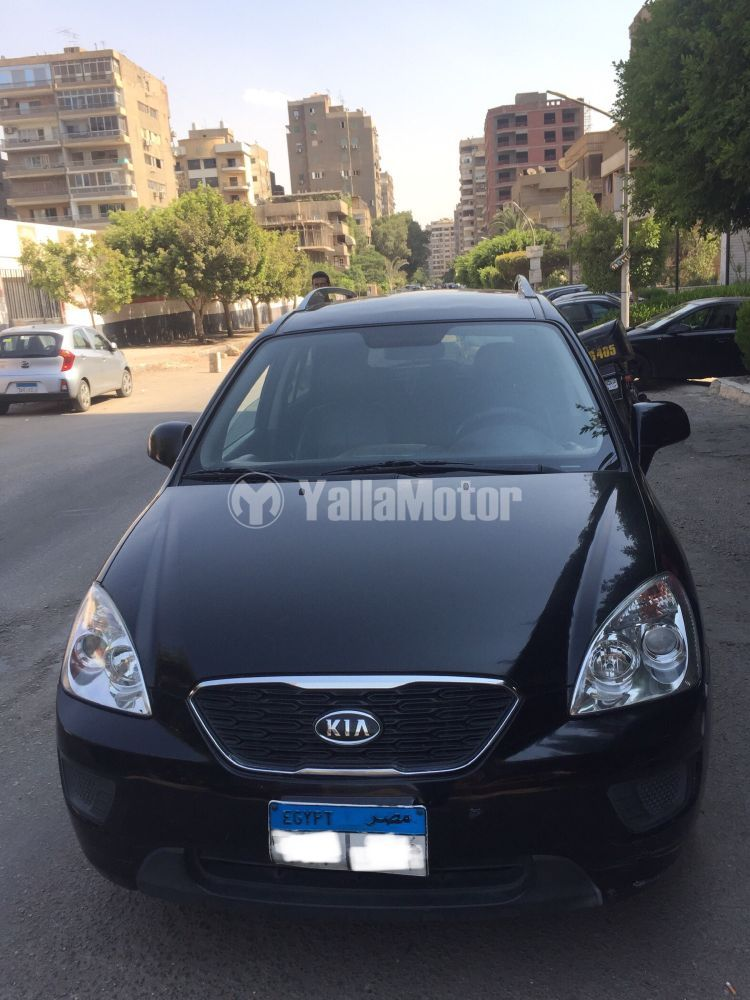 Used Kia Carens 2011