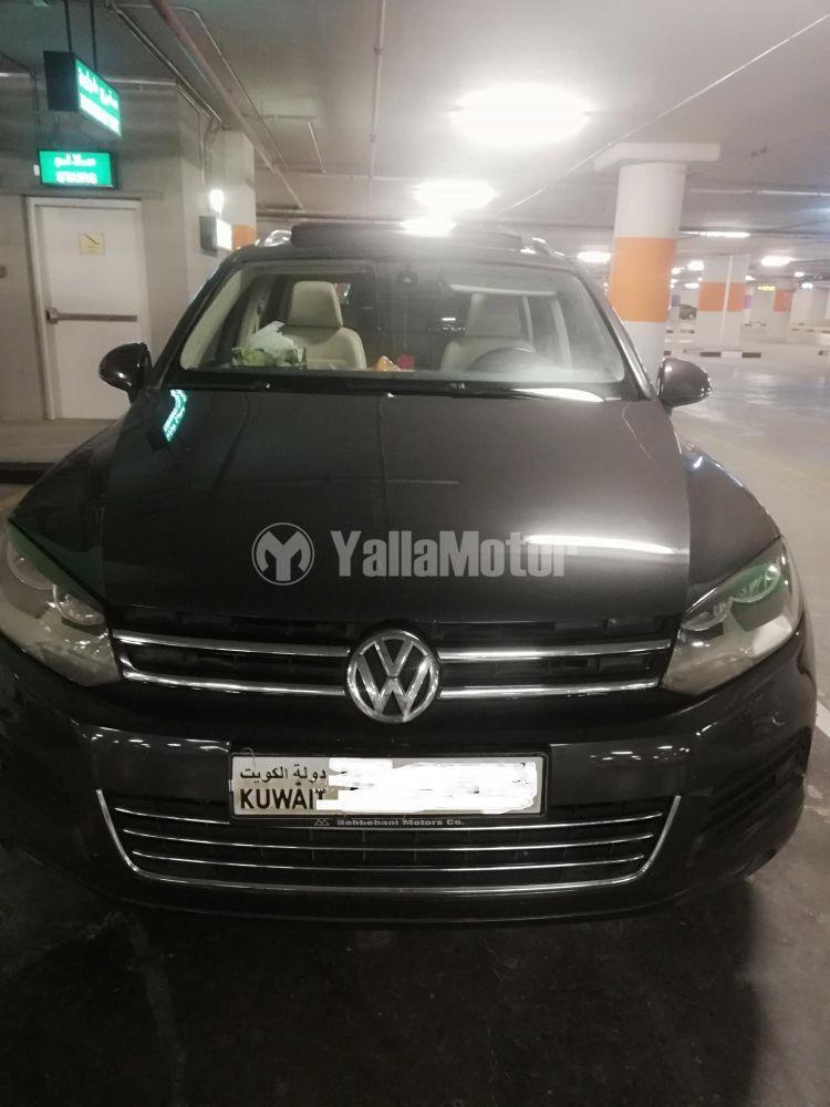 Used Volkswagen Touareg 3.6L SE 2012