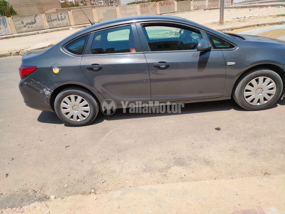 Used Opel Astra 2013