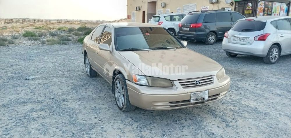 Used Toyota Camry  2.5L GLE (178 HP) 1999