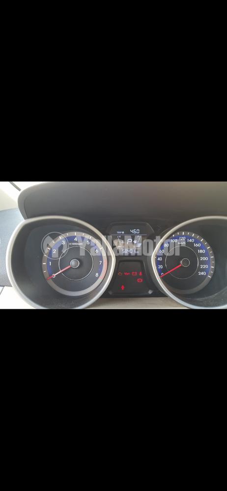 هيونداي إلانترا  1.6L GL A/T DAB ABS 2016 مستعملة