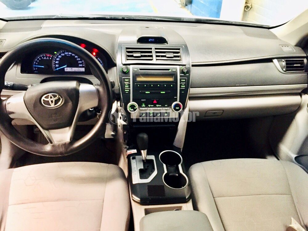 Used Toyota Camry 2.5L Limited 2015