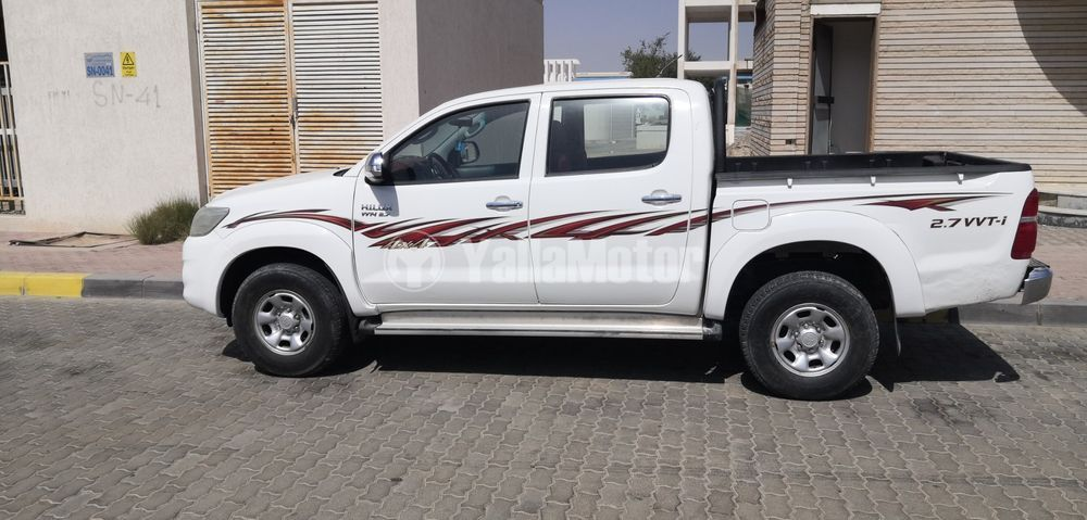 Used Toyota Hilux 2.7 Double Cab 4x4 A/T Top 2014