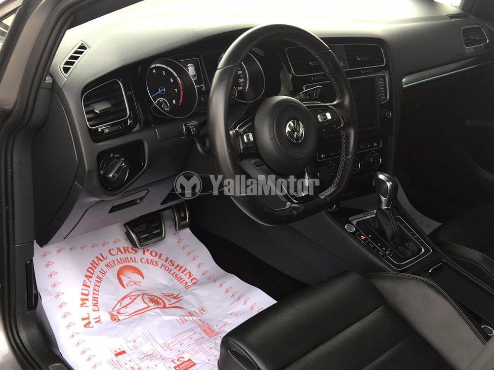 فولكس فاجن جولف R Hatchback 2016 مستعملة