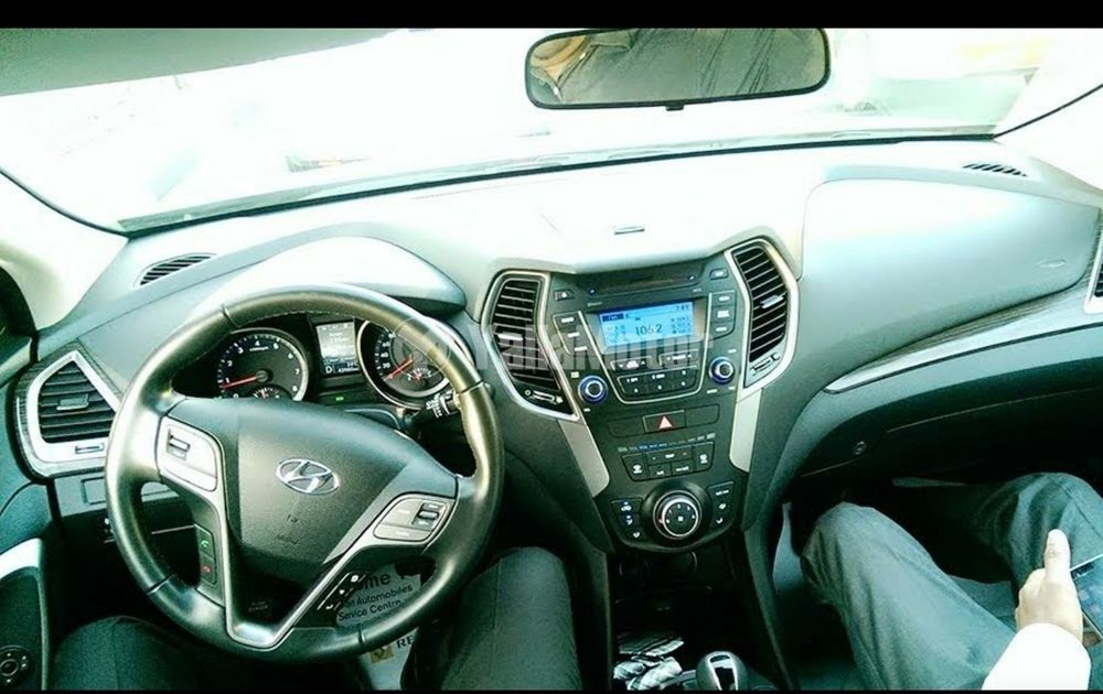 Used Hyundai Santa Fe 2.4L GDI Mid (FWD) 2015