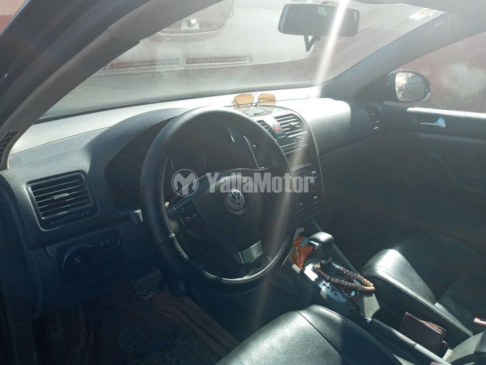 Used Volkswagen Jetta 1.6 Sedan 2009