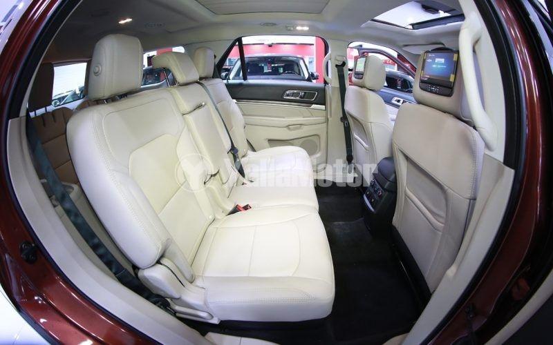 New Ford Explorer 3.5L V6 LTD 2018