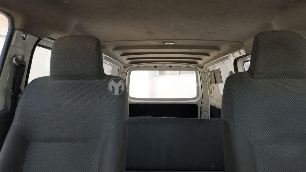 نيسان أورفان 6-Seater Manual 5-Door 2015 مستعملة