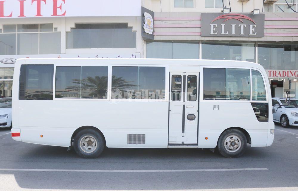 نيسان سيفيليان 3.0L 30-Seater 2014 مستعملة