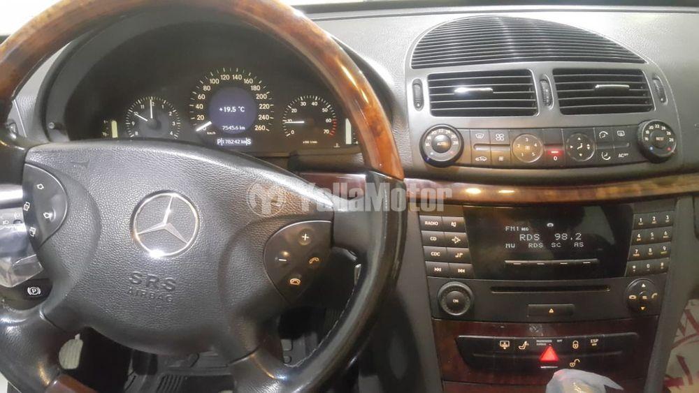 Used Mercedes-Benz E-Class 2004