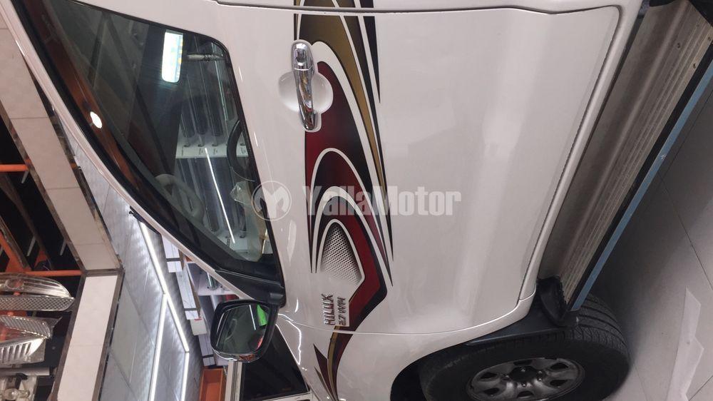 Used Toyota Hilux 2011
