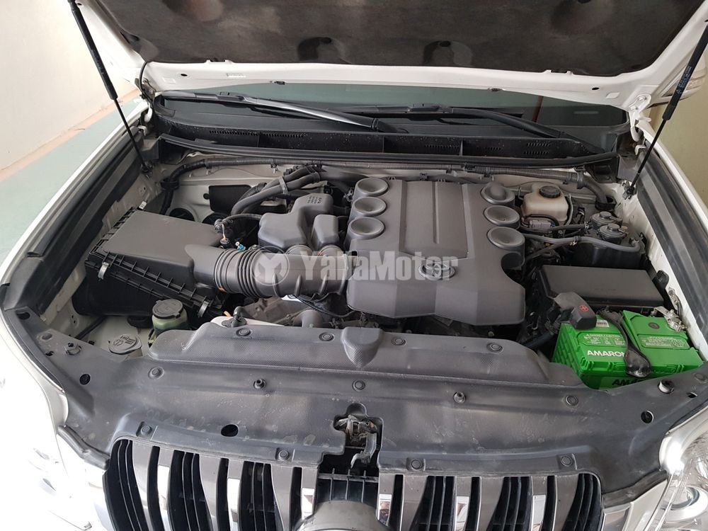 Used Toyota Land Cruiser Prado 4.0L V6 TXL1 2013