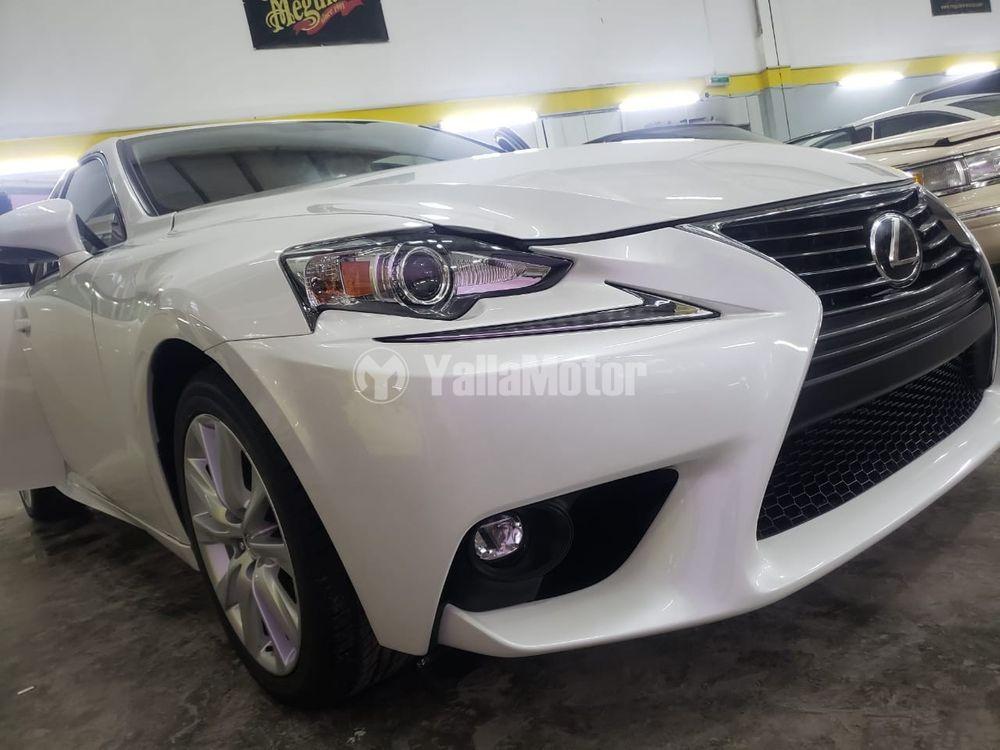 New Lexus IS-Series 2016