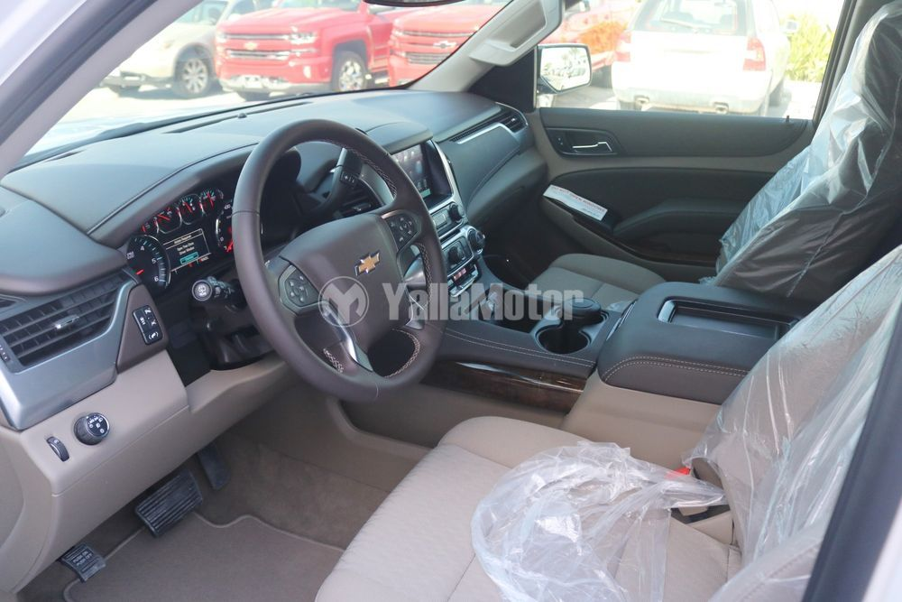 New Chevrolet Suburban 5.3L LT 2WD 2019
