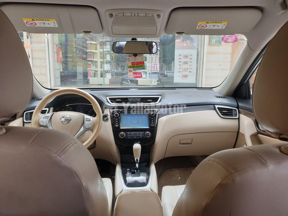 نيسان إكس تريل 2.5 SL 4WD 7-Seater 2015 مستعملة