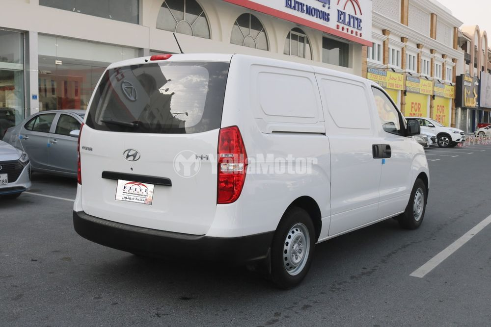 هيونداي إتش1 3-Seater Panel Van M/T 2019 الجديد