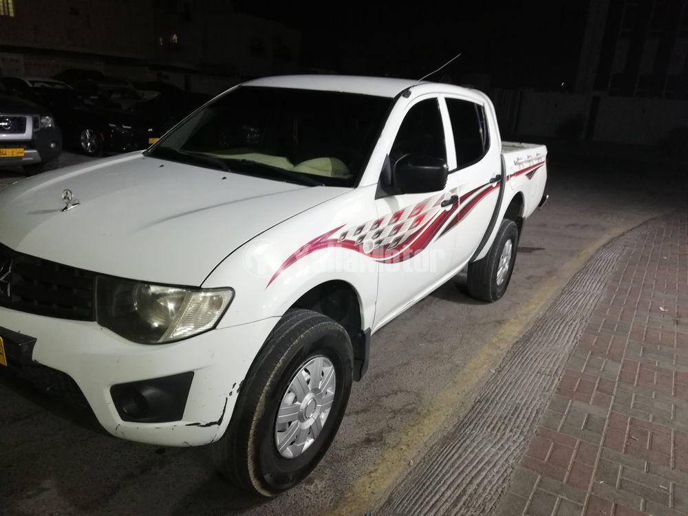 Used Mitsubishi L200 2.4L Double Cab GLS (4WD) 2012