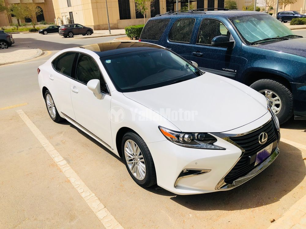 Used Lexus ES 350 4 door 3.5L 2017