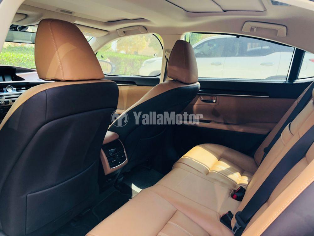 لكزس  إي أس 350 4 door 3.5L 2017 مستعملة