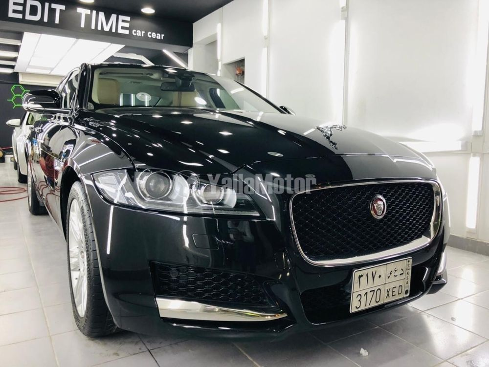 Used Jaguar XF 2.0 i4 Turbo  Premium Luxury 2018