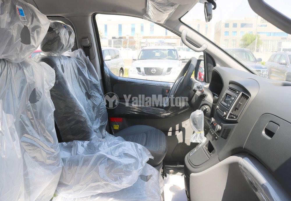 New Hyundai H1 12-Seater Passenger Van  2020