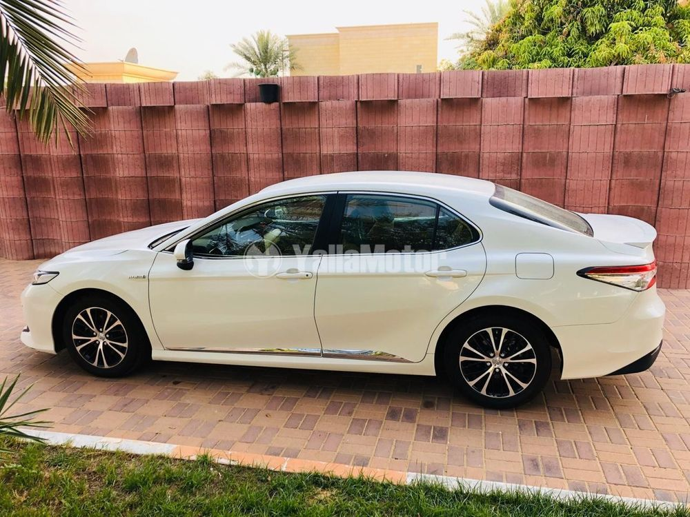 Used Toyota Camry 2018