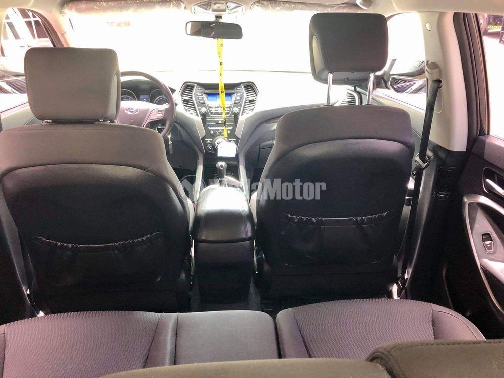 Used Hyundai Santa Fe 2.4L Mid FWD  2014