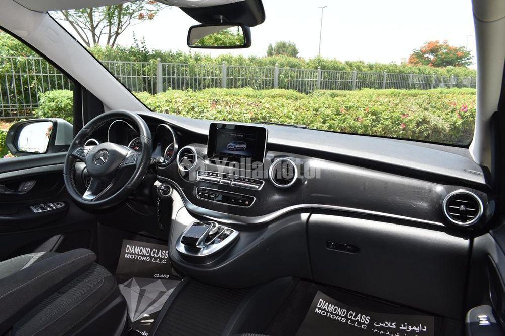 Used Mercedes-Benz MPVs 2017