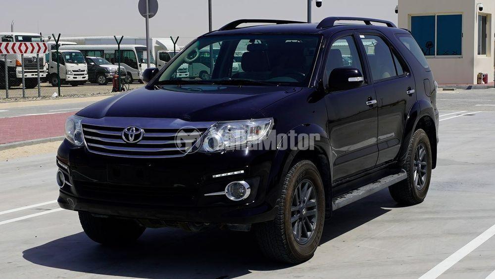 Used Toyota Fortuner 2015