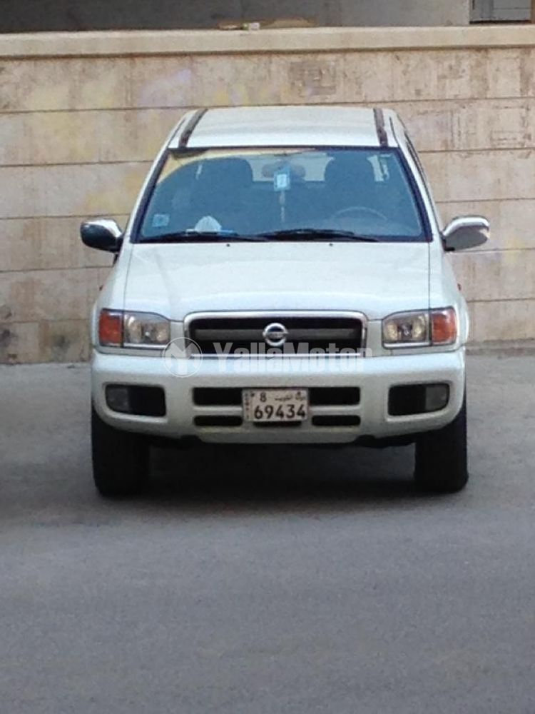 Used Nissan Pathfinder XE 2005