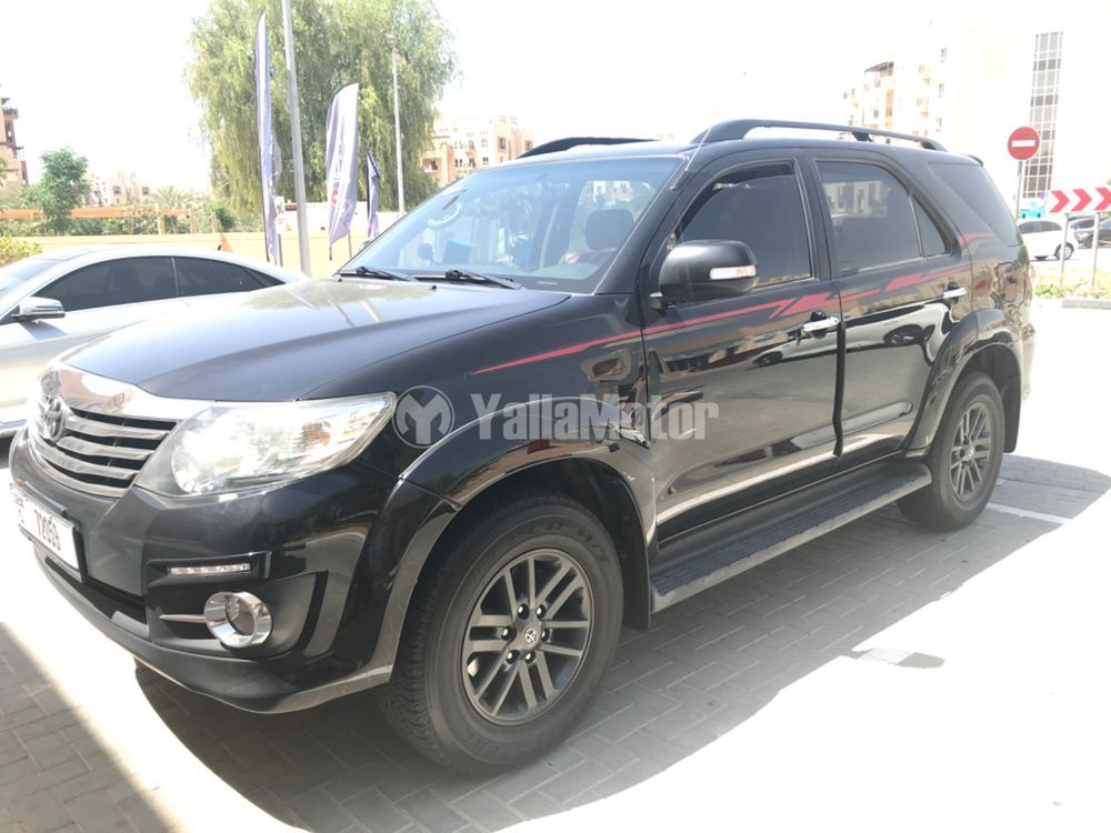 Used Toyota Fortuner  4.0L GXR 2015
