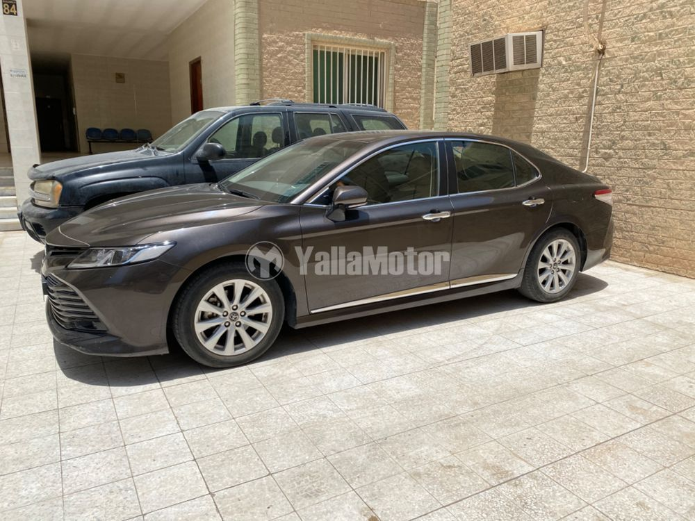 Used Toyota Camry 2.5L GLE (204 HP) 2018