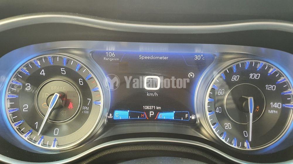 Used Chrysler 30C 3.6L V6 Limited  2016