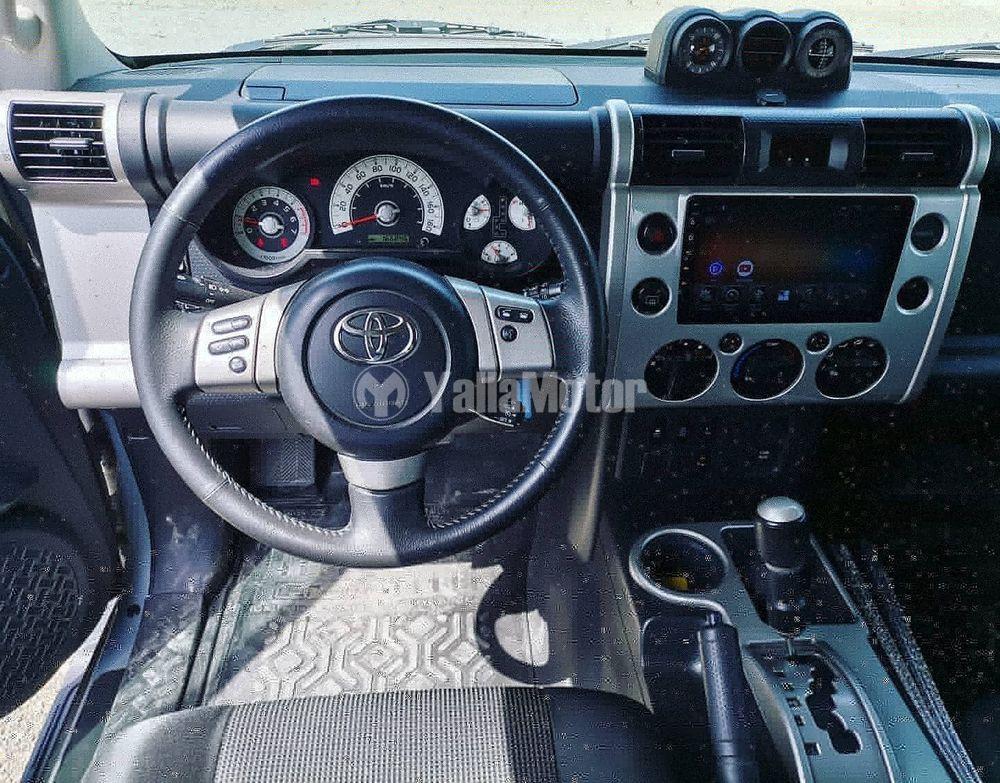 Used Toyota FJ Cruiser 2013