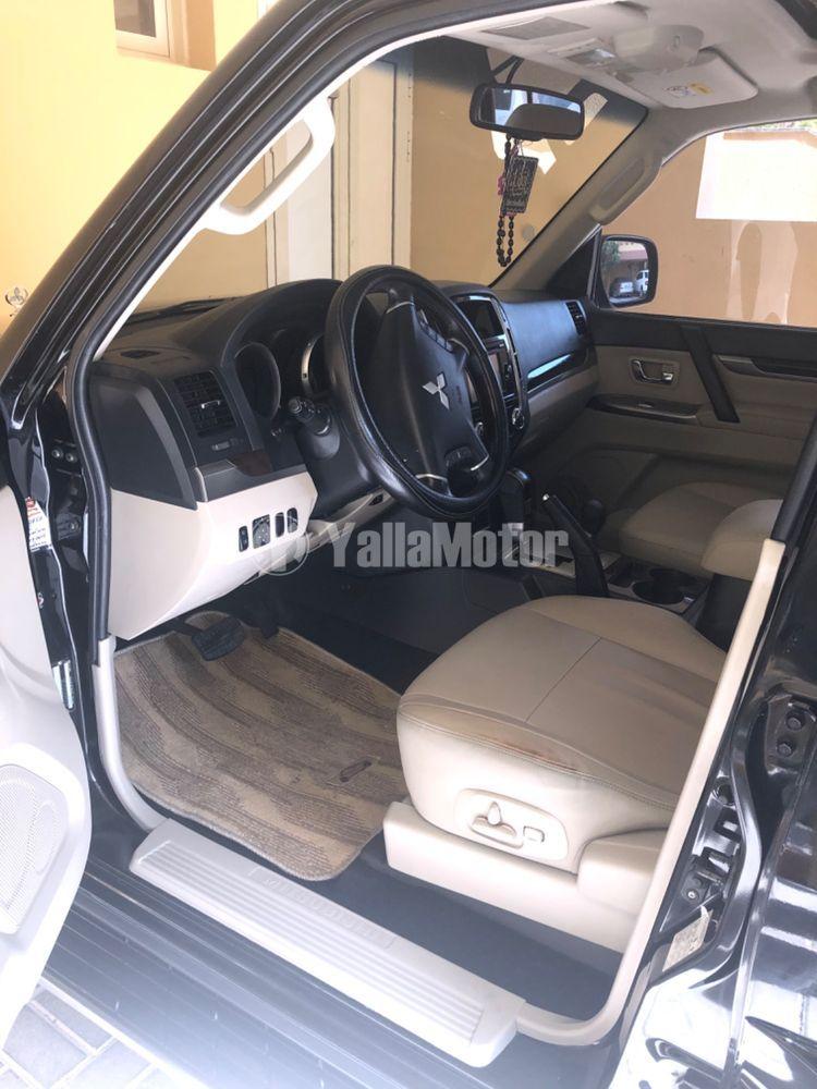 Used Mitsubishi Pajero 3.8L GLS 5 Dor high 2016