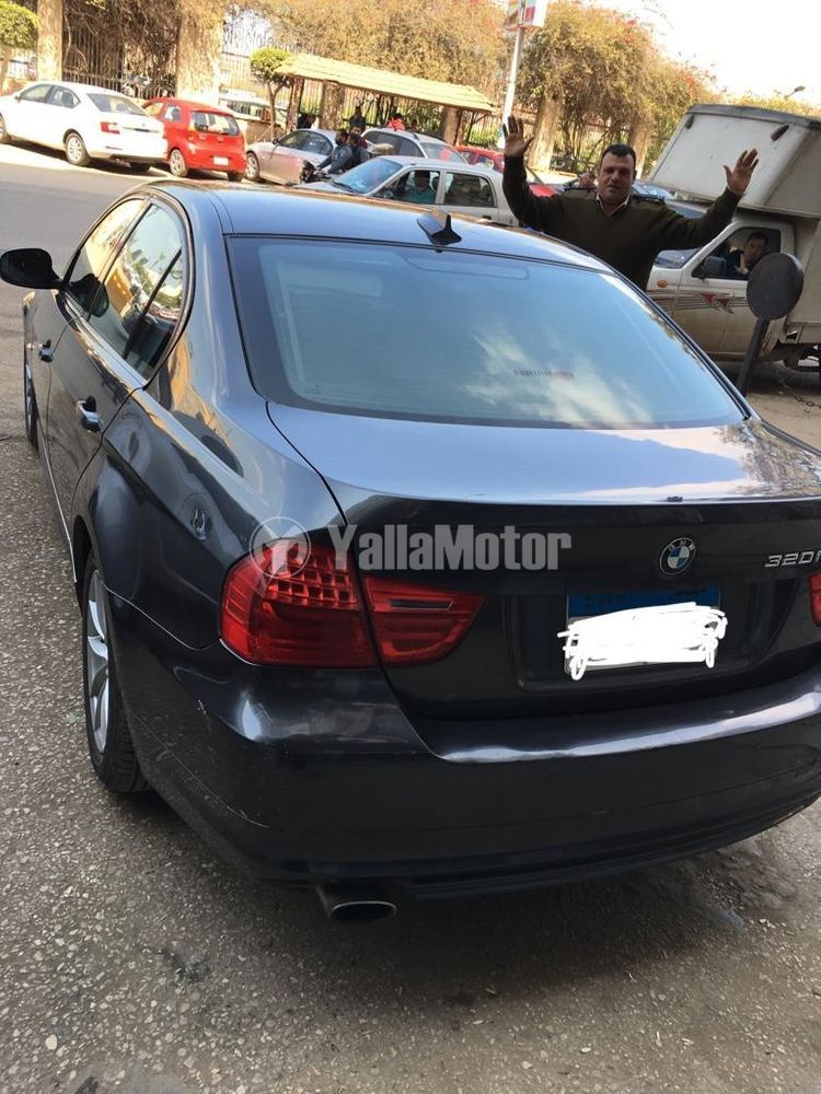 Used BMW 3 Series 320i 2011