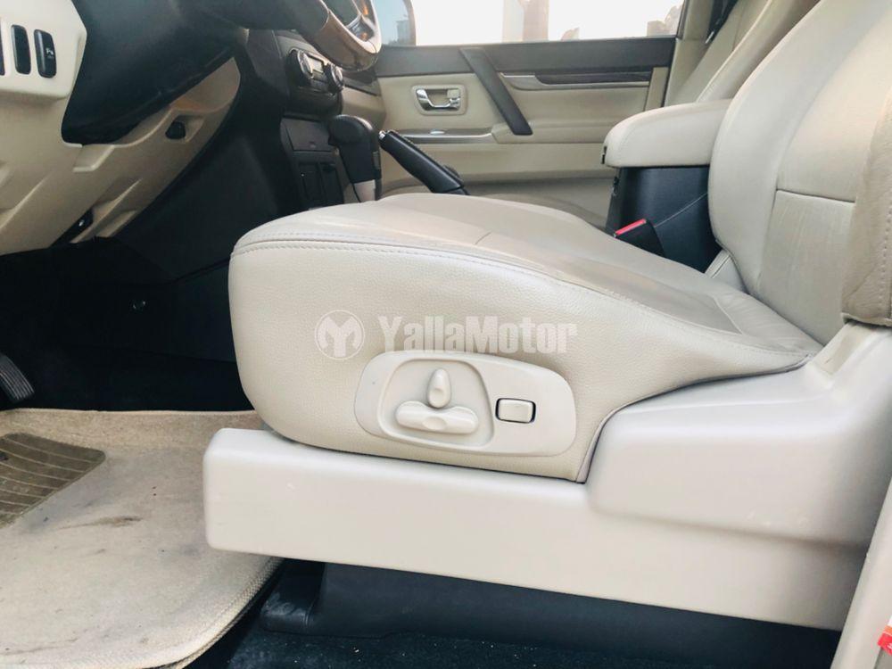 New Mitsubishi Pajero 3.5L 5 Dor 2012