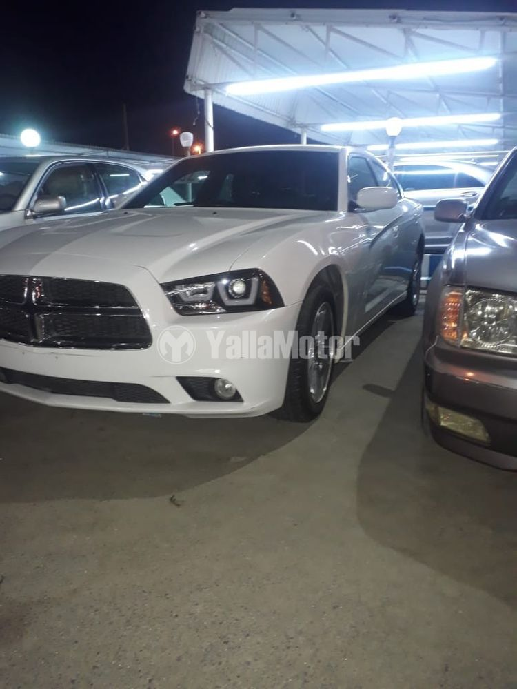 Used Dodge Charger 3.6L SXT (Mid Option) 2013