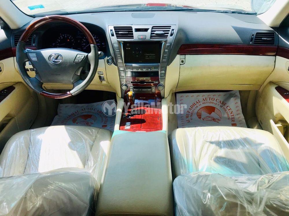 Used Lexus LS 460 4 door 4.6L SWB 2008