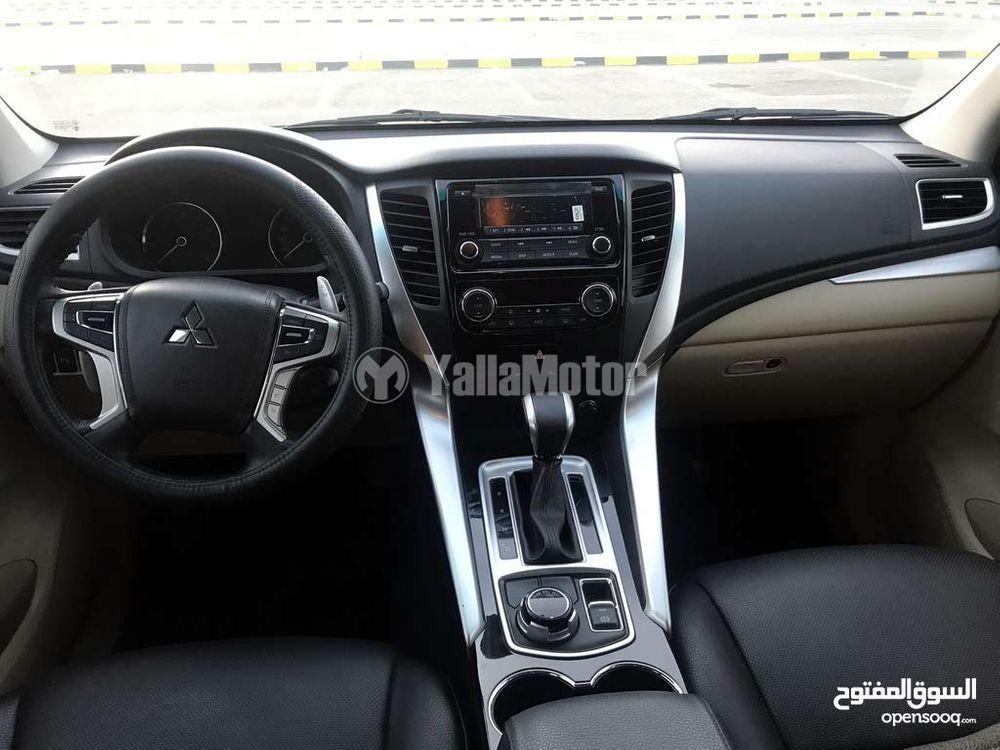 ميتسوبيشي مونتيرو سبورت 3.0L GLS 4WD 2016 مستعملة