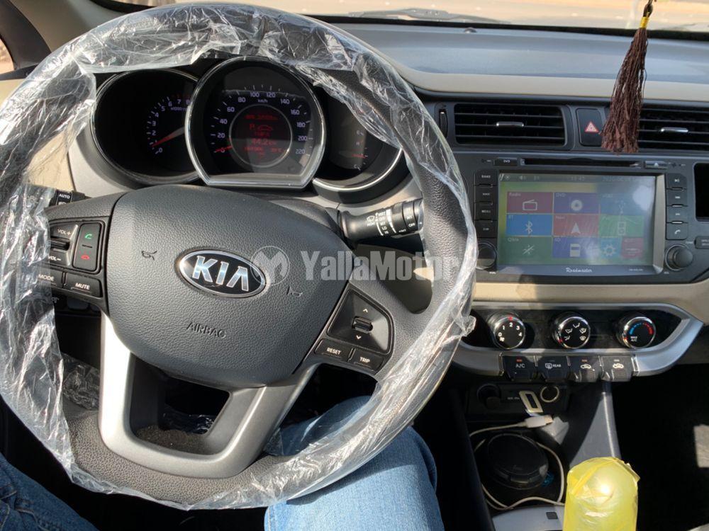 كيا ريو 5 Dor Hatchback 1.4L 2015 مستعملة