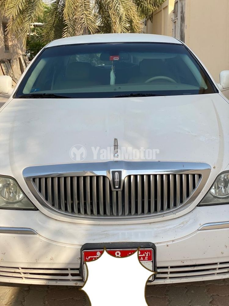 Used Lincoln Town Car 2010