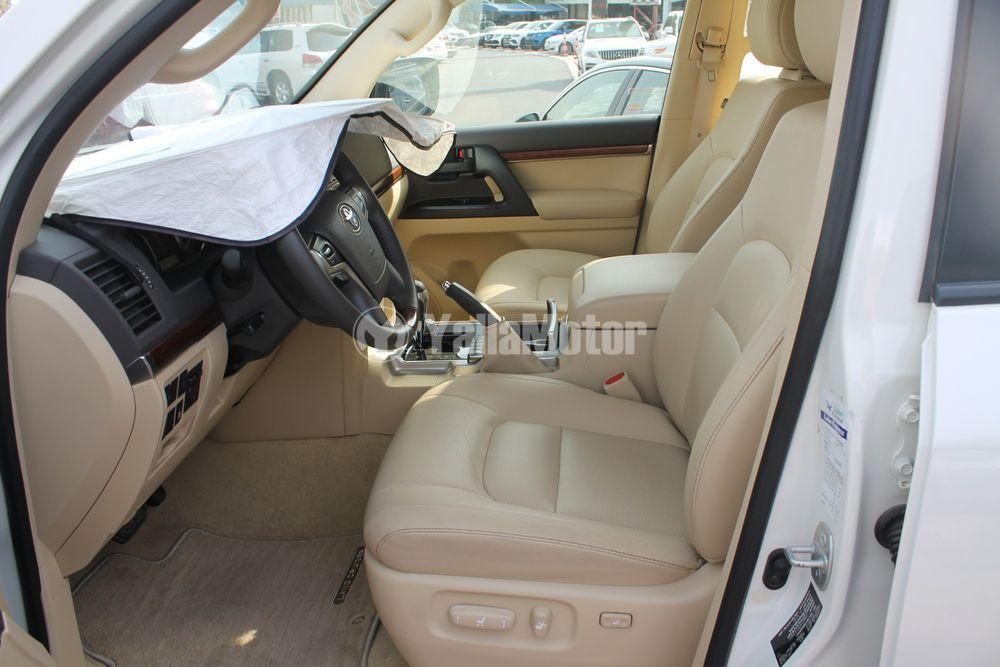 Used Toyota Land Cruiser GXR V6 Capsule 2016