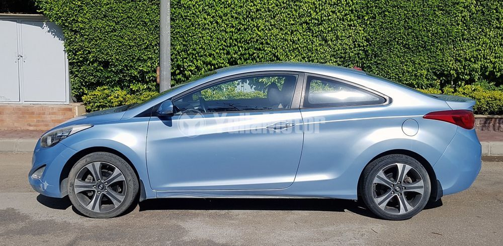 Used Hyundai Elantra Coupe 1.6L 2013