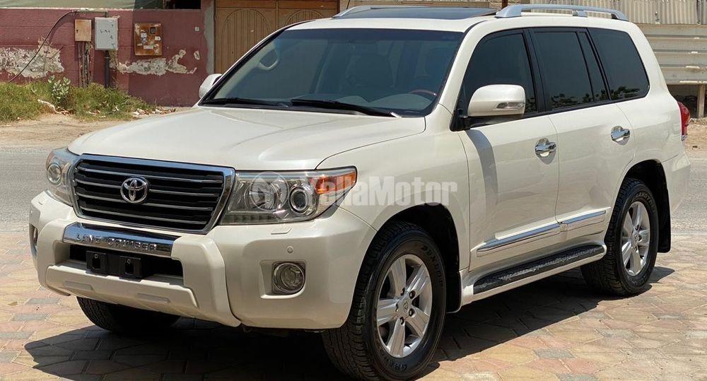 Used Toyota Land Cruiser 2013