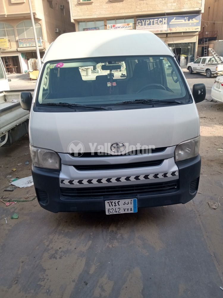 Used Toyota Hiace High Rof Van 2015