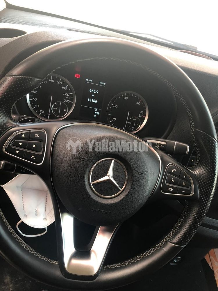 Used Mercedes-Benz V Class 2015